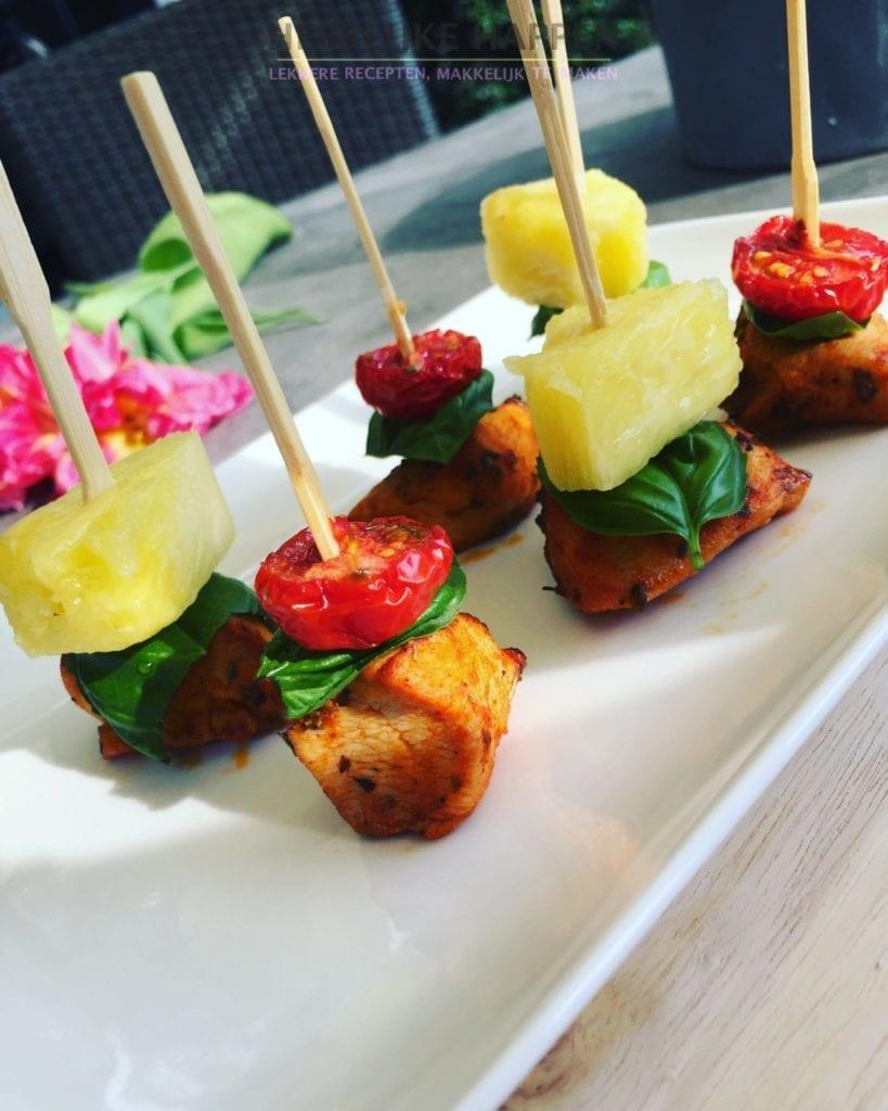 Top Kiphapjes met ananas en roma tomaatjes - Heerlijke Happen @RY78
