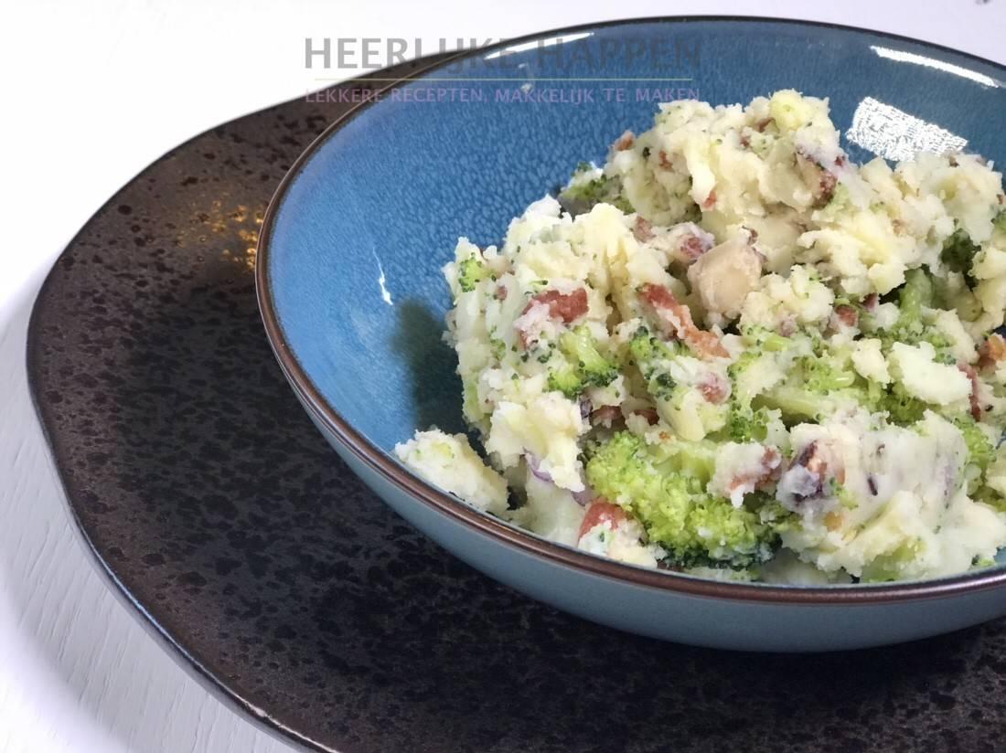 Broccoli stamppot met hazelnoten