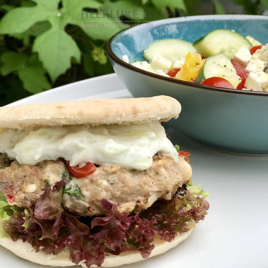 Griekse burger met salade