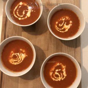 Geroosterde tomatensoep en croute