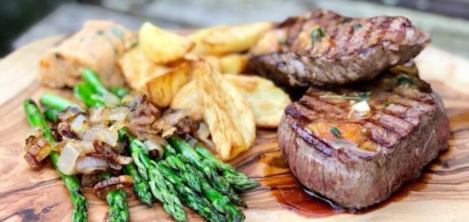Biefstuk met huisgemaakte kruidenboter