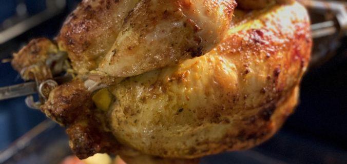 kip van het draaispit met aardappeltjes