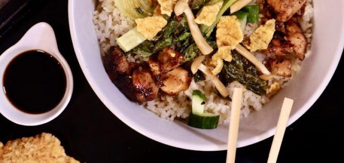 Paksoi poké bowl met rijst