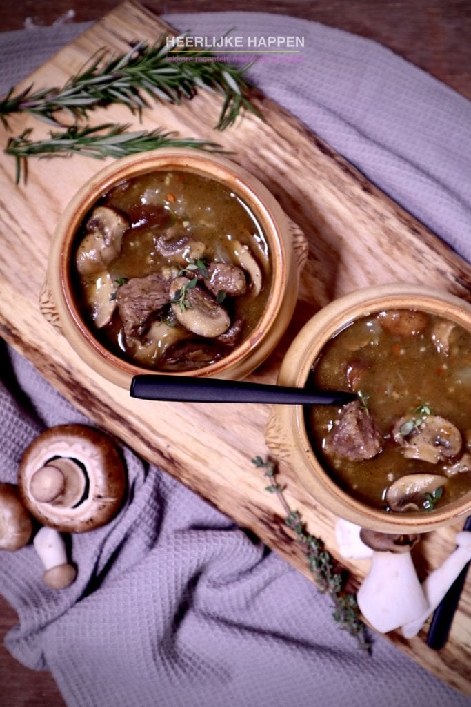 Kastanje champignonsoep met Ierse beef