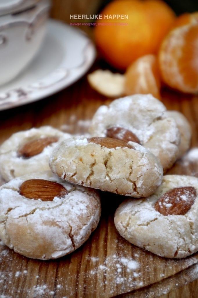 Zachte Siciliaanse amaretti koekjes