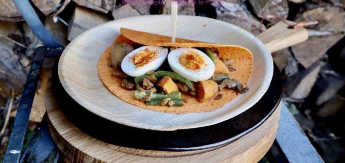 Tortilla met Surinaams gekruide kip